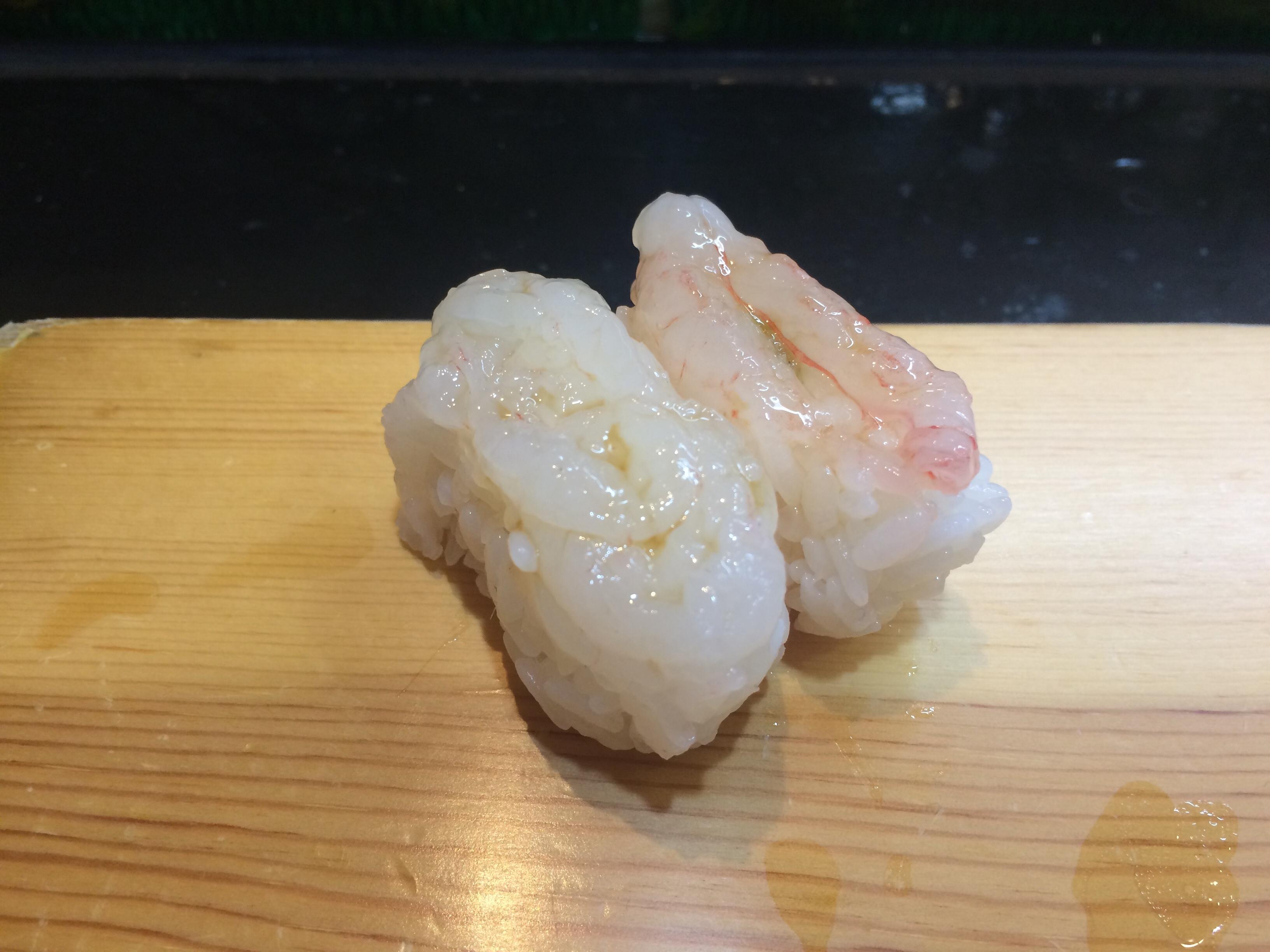 「富山湾の宝石」白えびの旬は?一年中食べれるってホント?手向きのお刺身が食べたい!